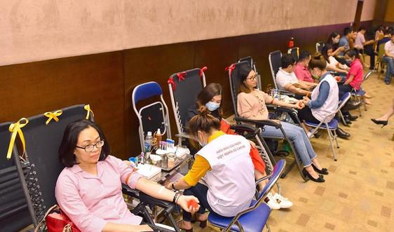 Tập đoàn Geleximco tổ chức hiến máu tình nguyện: Niềm vui từ lòng nhân ái