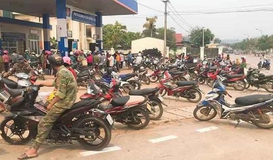 Sơn La tuyên truyền, vận động người dân không mua tích trữ xăng dầu