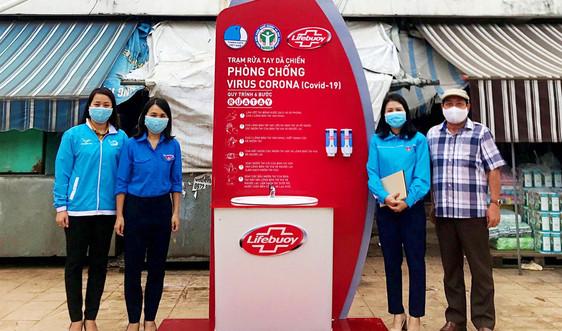 Trang bị trạm rửa tay dã chiến tại chợ lớn nhất tỉnh Quảng Trị