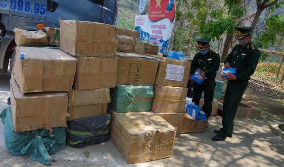 Điện Biên: Thu giữ khoảng 125.000 khẩu trang y tế không rõ nguồn gốc