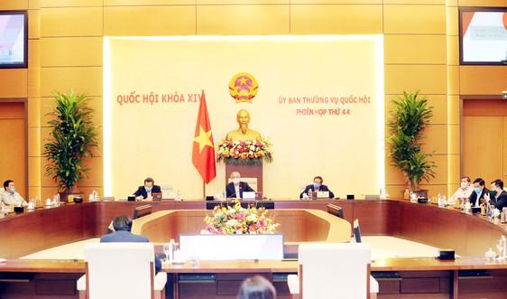 UBTVQH thảo luận cơ chế tài chính-ngân sách đặc thù đối với Hà Nội