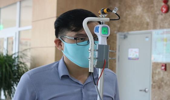 Chế tạo máy đo thân nhiệt tự động phòng, chống dịch Covid - 19