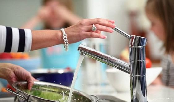 Hà Nội đẩy mạnh giám sát chất lượng nước ăn uống và nước sinh hoạt