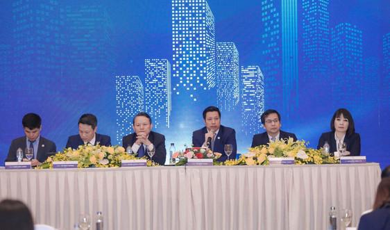 Đại hội đồng cổ đông Văn Phú - Invest: Chuẩn bị nguồn lực để bứt phá khi thị trường hồi phục