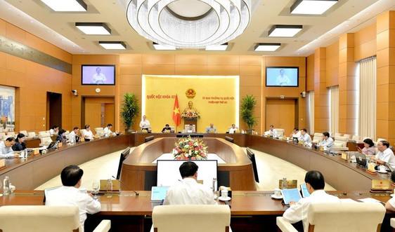 Thường vụ Quốc hội thảo luận về thí điểm một số cơ chế, chính sách tài chính – ngân sách đặc thù cho TP Hà Nội