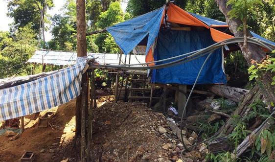 Đà Nẵng: Kiến nghị dùng thuốc nổ đánh sập hầm vàng trái phép