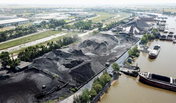 Ninh Bình: Nhiều cảng than ngoài đê sông Đáy gây ô nhiễm môi trường