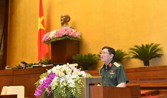 Bộ trưởng Bộ Quốc phòng giải trình làm rõ một số vấn đề đại biểu Quốc hội quan tâmvề dự án Luật Biên phòng Việt Nam