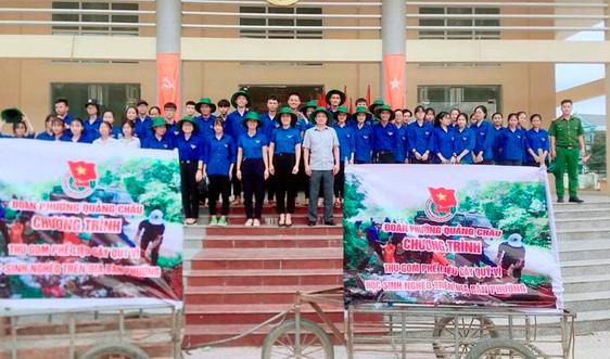 """Thanh niên tình nguyện với chủ đề """"Chung tay bảo vệ môi trường"""""""