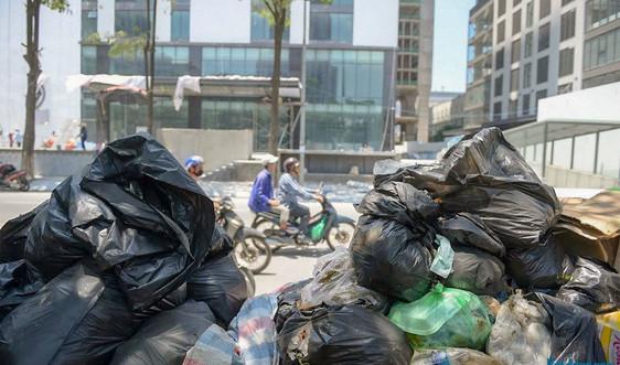 Hà Nội vận chuyển 6.895 tấn rác thải tồn đọng về các khu xử lý