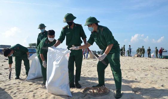 """Hàng ngàn thanh niên Bà Rịa - Vũng Tàu chung tay """"Hãy làm sạch biển"""""""