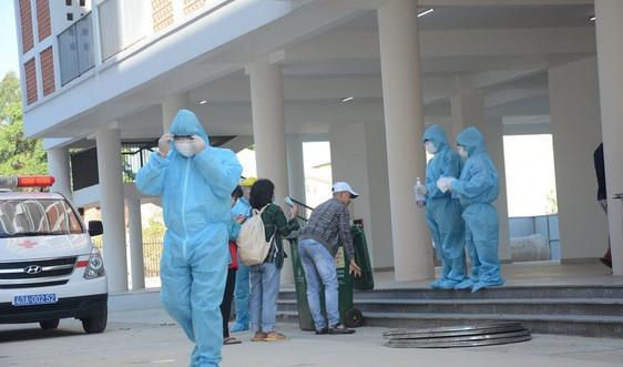Khẩn cấp tìm người tại các địa điểm và chuyến bay liên quan đến bệnh nhân COVID-19
