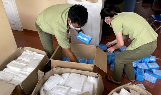 Gia Lai phát hiện gần 18.000 khẩu trang lậu trên xe tải
