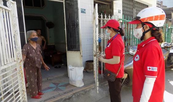 Đà Nẵng: Cấp phát túi hàng gia đình cho 3.000 hộ khó khăn do dịch bệnh COVID-19