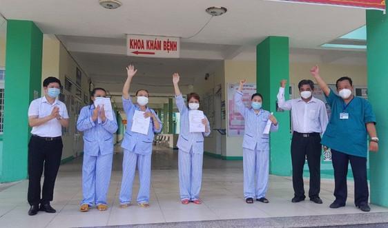 Đà Nẵng: 4 bệnh nhân mắc COVID-19 được chữa khỏi, xuất viện