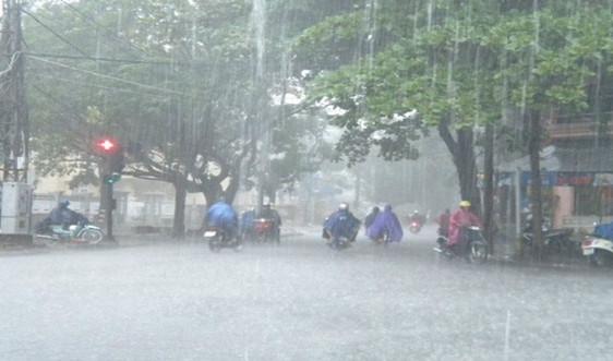 Dự báo thời tiết ngày 17/8: Cảnh báo mưa dông ở Hà Nội