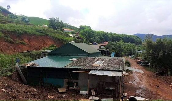 Mường Nhé (Điện Biên) di dời khẩn cấp 22 hộ gia đình có nguy cơ sạt lở