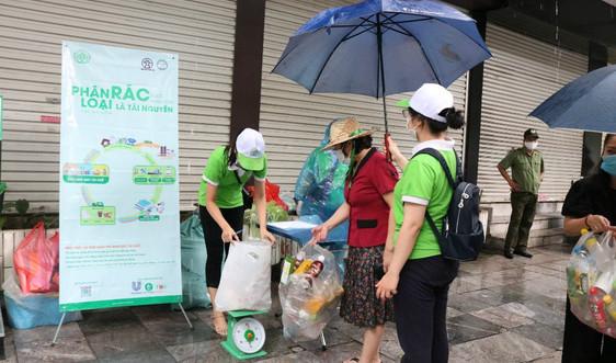 Hà Nội triển khai phân loại rác tại nguồn ở phường Lý Thái Tổ