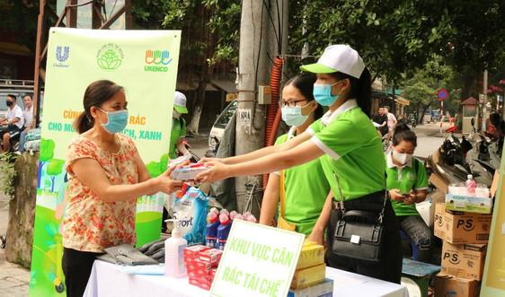 Hoàn Kiếm - Hà Nội: Người dân tích cực hưởng ứng phân loại rác tại nguồn