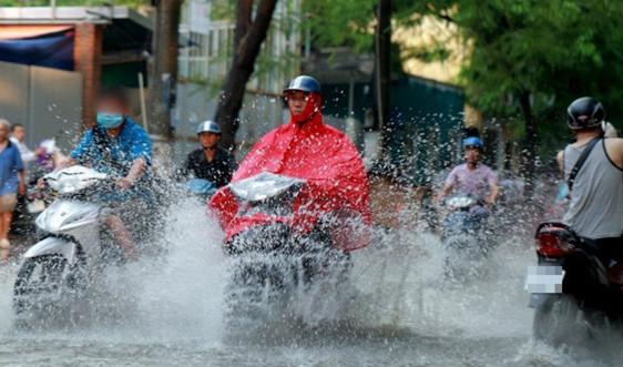 Thời tiết 29/8: Cảnh báo mưa lớn cục bộ, lốc, sét, gió giật mạnh ở vùng núi Bắc Bộ