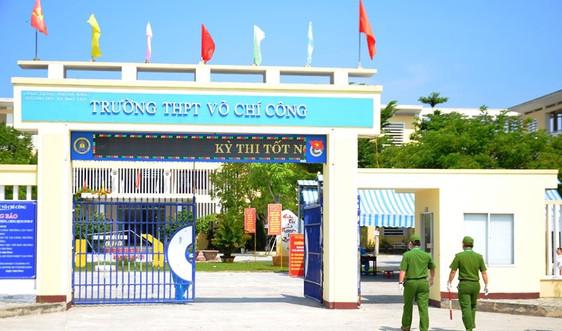 Một điểm thi đặc biệt ở Đà Nẵng: Các bài thi ở sẽ được khử khuẩn trước khi chuyển về nhập chung các bài thi khác