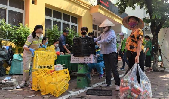 Hà Nội: Nhân rộng chương trình phân loại rác tại nguồn