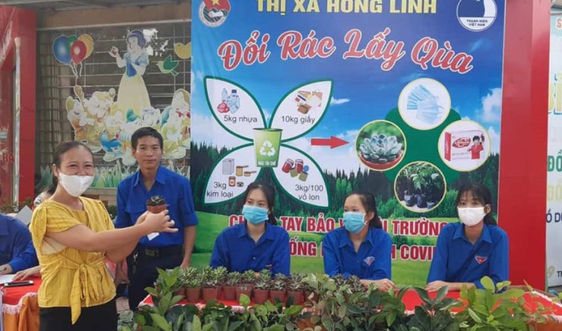 """Hà Tĩnh: """"Đổi rác lấy quà""""- Cách làm hay để bảo vệ môi trường"""