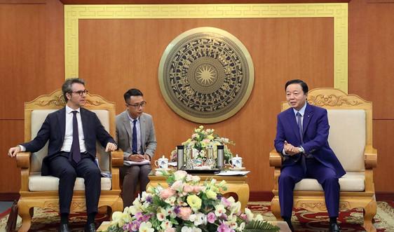 Bộ trưởng Trần Hồng Hà làm việc với Đại sứ Phái đoàn Liên minh Châu Âu (EU) tại Việt Nam