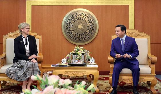 Bộ trưởng Trần Hồng Hà tiếp Đại sứ Thụy Điển Ann Mawe