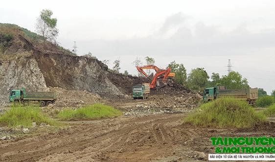 Triệu Sơn (Thanh Hóa): Khai thác đất công khai, tan hoang núi đồi