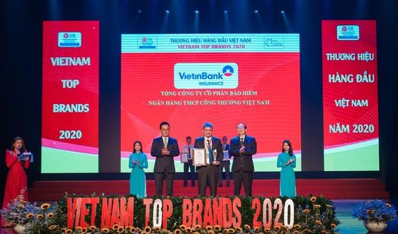 Bảo hiểm Vietinbank đón nhận TOP 10 thương hiệu hàng đầu Việt Nam