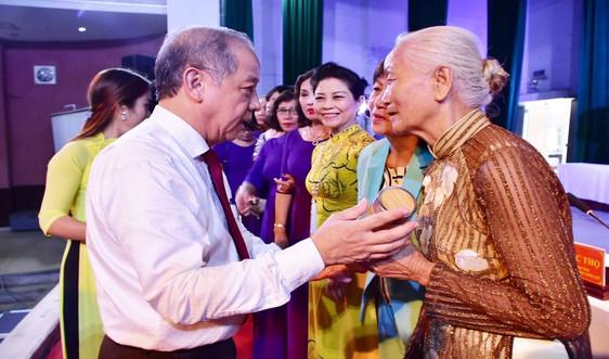 Thừa Thiên Huế: Đối thoại, lắng nghe nguyện vọng của tiểu thương ngôi chợ hơn 120 năm tuổi