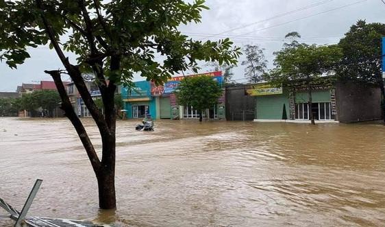 Mưa lớn khiến nhiều vùng tại Quảng Bình bị chia cắt