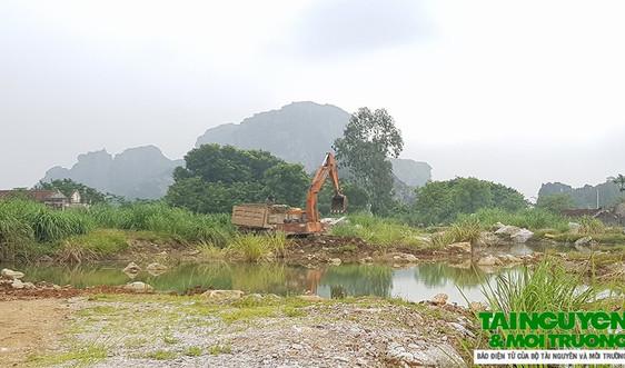 TP. Thanh Hóa: Ngang nhiên khai thác đất, đá trái phép tại núi Tra