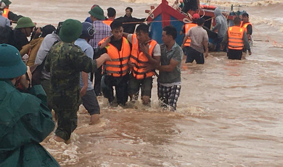 Quảng Trị: Lên phương án sử dụng đặc công nước tham gia cứu hộ thuyền viên gặp nạn