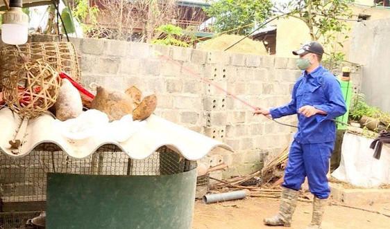 Điện Biên: Hướng dẫn xử lý vỏ lọ vắc xin, hóa chất, kim tiêm hết hạn sử dụng