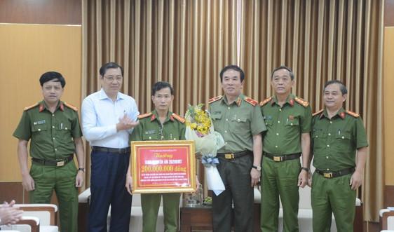 Đà Nẵng: Triệt phá đường dây cá độ bóng đá qua mạng 10.000 tỷ