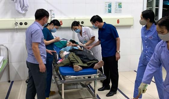 Quảng Ninh: Lật xe chở công nhân, nhiều người thương vong
