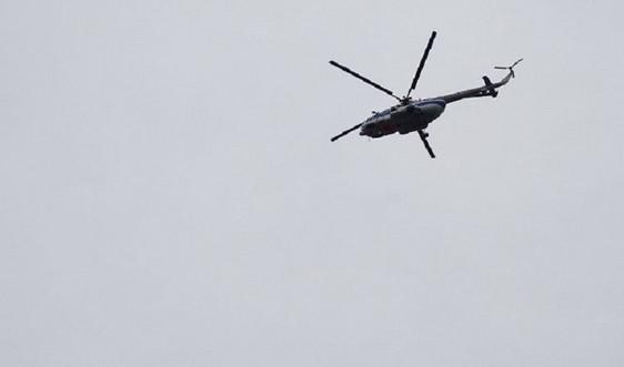 Vụ sạt lở thủy điện Rào Trăng 3: Trực thăng bắt đầu tìm kiếm 30 người mất tích