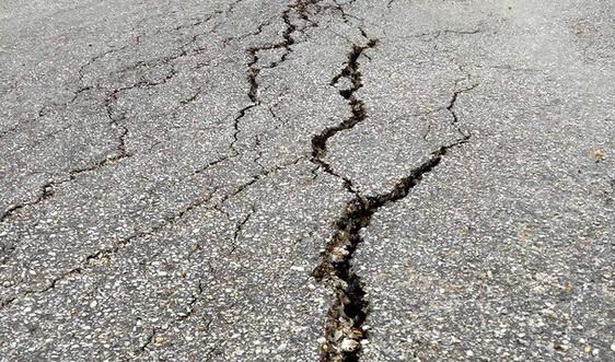 Nghệ An: Cần nhanh chóng xử lý nứt, lún trên Quốc lộ 16