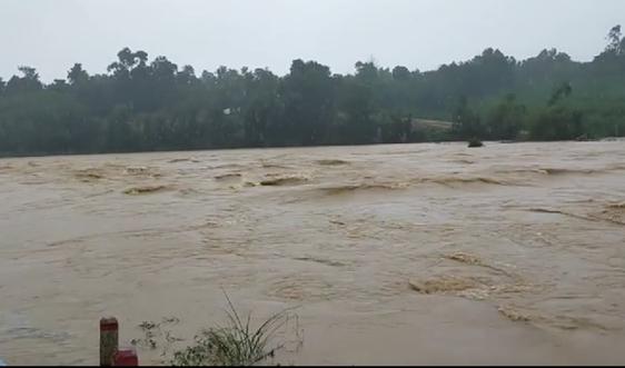 Hà Tĩnh yêu cầu sơ tán dân ở các vùng nguy cơ lũ quét, sạt lỡ đất và nguy cơ ngập