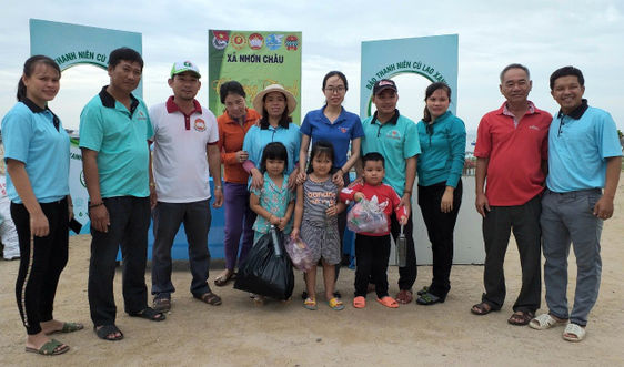 """Bình Định: """"Chống rác thải nhựa"""" trên xã đảo Nhơn Châu"""