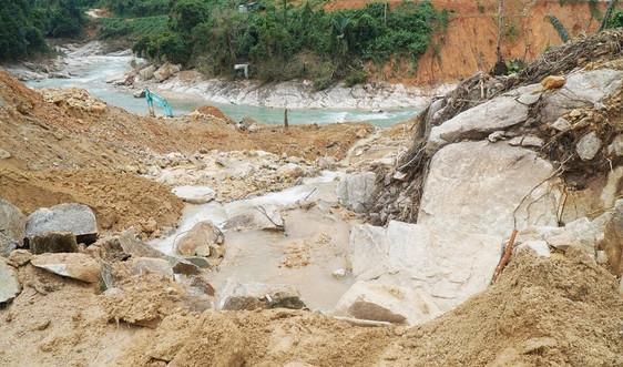 Thừa Thiên Huế: Cảnh giác nhiều vị trí có nguy cơ sạt lở