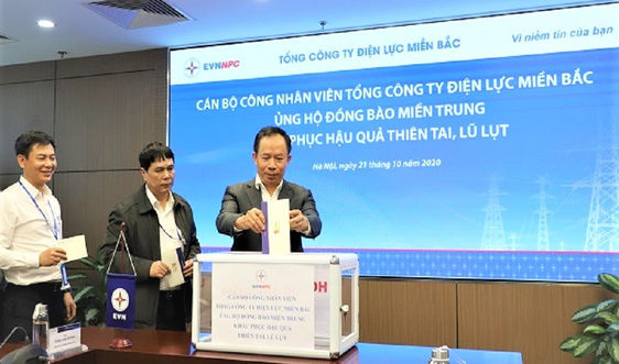 Tổng Công ty điện lực miền Bắc chung tay ủng hộ đồng bào miền Trung