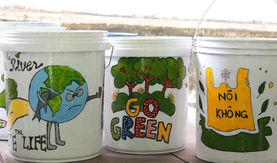 Nâng cao ý thức bảo vệ môi trường từ những thùng rác đẹp