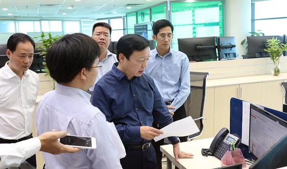 Bộ trưởng Trần Hồng Hà chỉ đạo trực tiếp công tác dự báocơn bão số 9