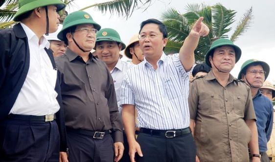 Phó Thủ tướng Trịnh Đình Dũng: Bảo đảm lương thực, nhu yếu phẩm cho bà con tại nơi sơ tán