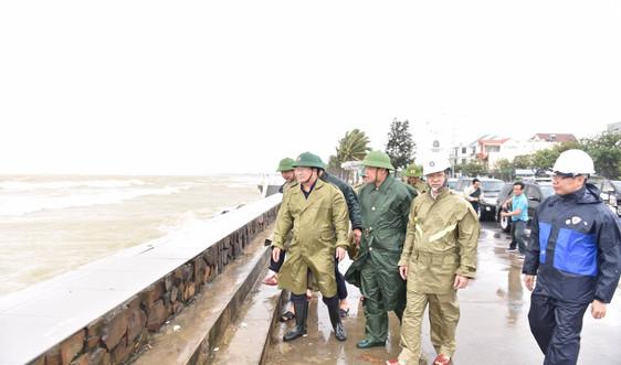 Phó Thủ tướng Trịnh Đình Dũng: Điều tàu hải quân ra cứu hộ ngư dân gặp nạn