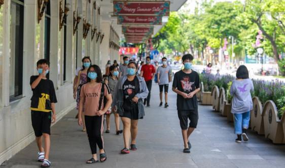 Hà Nội yêu cầu bắt buộc người dân đeo khẩu trang nơi công cộng