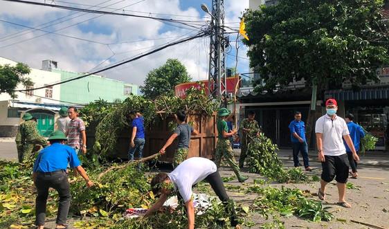 Đà Nẵng: Hỗ trợ nhân dân khắc phục thiệt hại do bão số 9